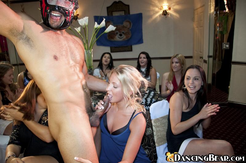 naked girls from bachelorette